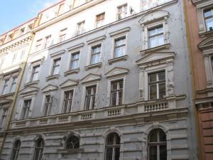 1. Rekonstrukce fasády bytového_Starwork.cz_práce z lana