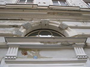3. Rekonstrukce fasády bytového_Starwork.cz_práce z lana