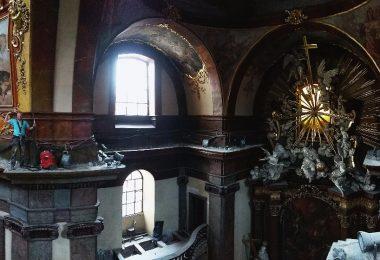 rekonstrukce římsy kláštera