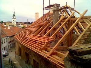 Rekonstrukce střech v Praze STARWORK.